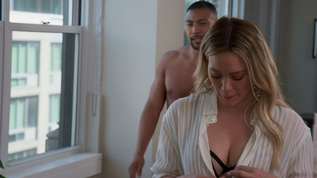 Hilary Duff sexy - Younger s06e10 (2019)