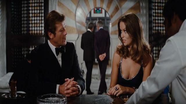 Barbara Bach sexy - The Spy Who Loved Me (1977)