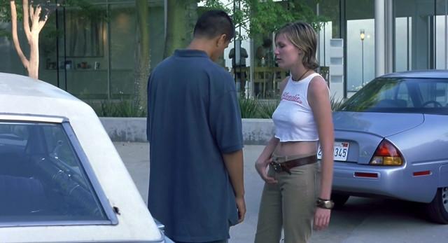 Kirsten Dunst sexy - CrazyBeautiful (2001)