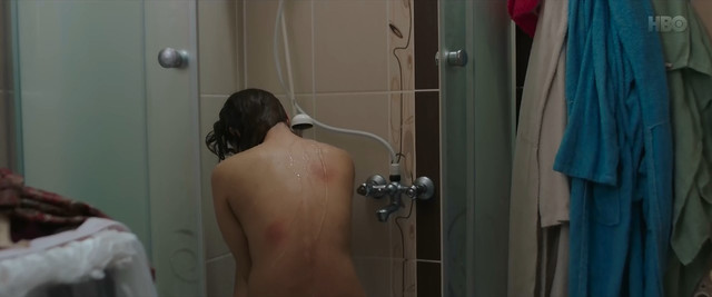 Damla Sonmez sexy - Sibel (2018)