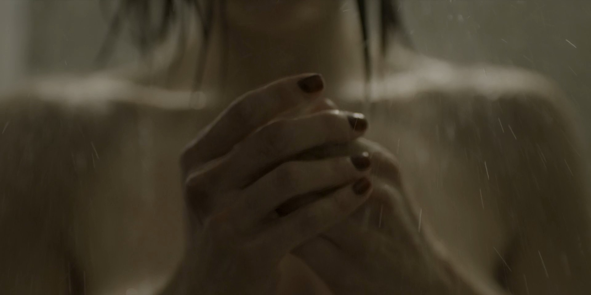 Irene Azuela sexy - Monarca s01e02, e08 (2019)