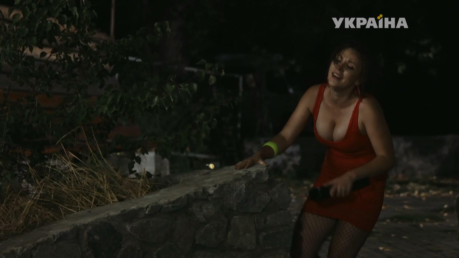 Ekaterina Vishnyovaya sexy - Ne zarekaysya s01e01 (2016)