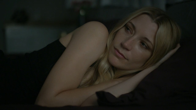 Sarah Roemer sexy - Famous and Fatal (2018)