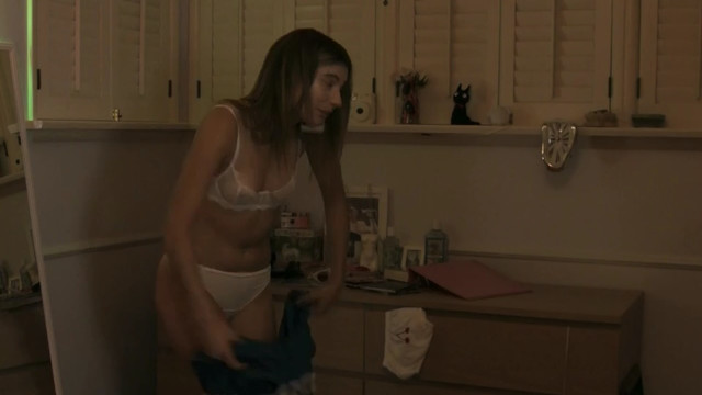 Karina Fontes sexy - Camgirl (2015)