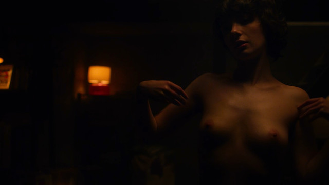 Sarah Swain nude - Haunted s02e01 (2019)