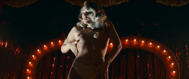 Felicity Gilbert sexy - Lucid (2018)