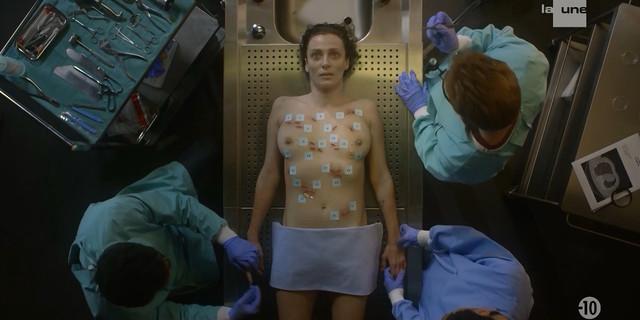 Caroline Bourg nude - Balthazar s02e01 (2019)