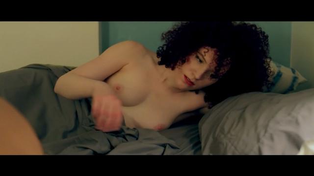 Sarah Schoofs nude - Meme (2018)