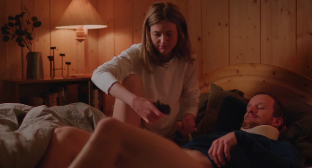 Renate Reinsve sexy - De Hensynslose (2018)