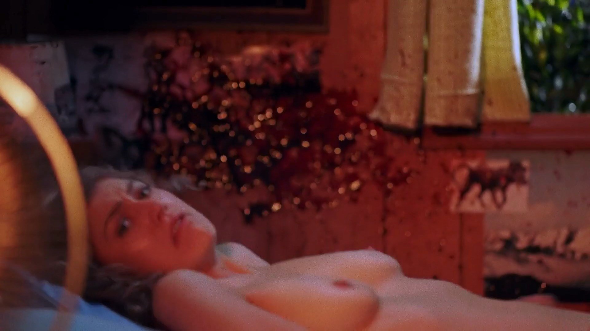 Meredith Hagner Nude In Lights Out