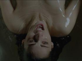 Miriam Leone sexy - Non uccidere s01e01 (2015)