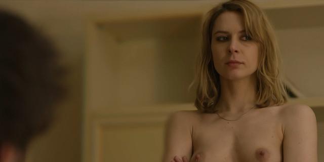 Elena Radonicich nude - La Porta Rossa s01e03,e05,e07 (2017)