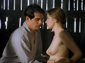 Anna Powierza nude - Zloto dezerterow (1998)
