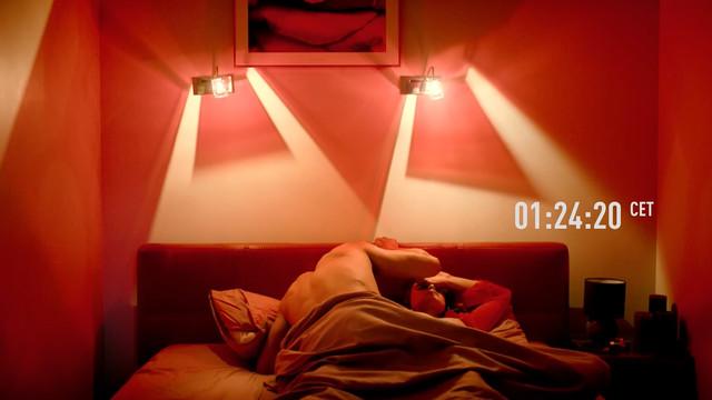 Dasha Plahti nude - Zasada przyjemnosci s01e03 (2019)