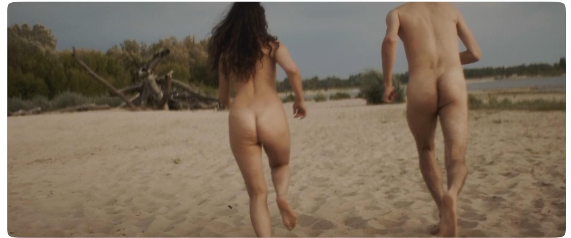 Agnieszka Jastrzebska nude - Cieply wiatr (2019)