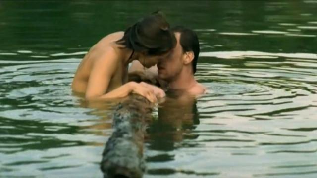 Malgorzata Bela nude - Ono (2004)