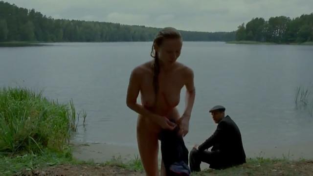 Katarzyna Dabrowska nude - Sprawiedliwy (2015)