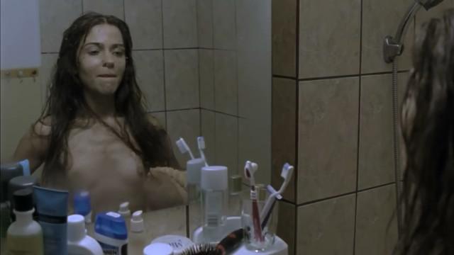 Carmen Lopazan nude - Cealalta Irina (2009)