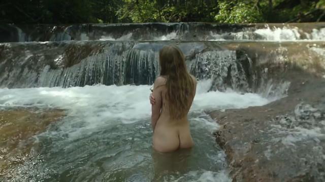 Natalya Frey nude - Poteryannyy ostrov (2018)