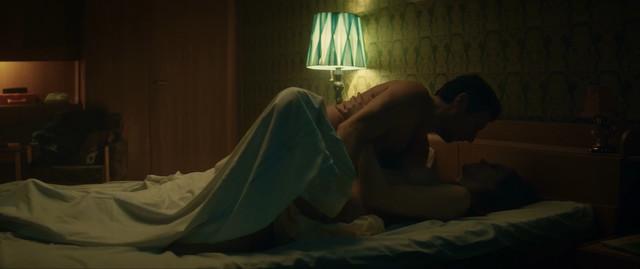 Polina Aug nude - Yumorist (2019)