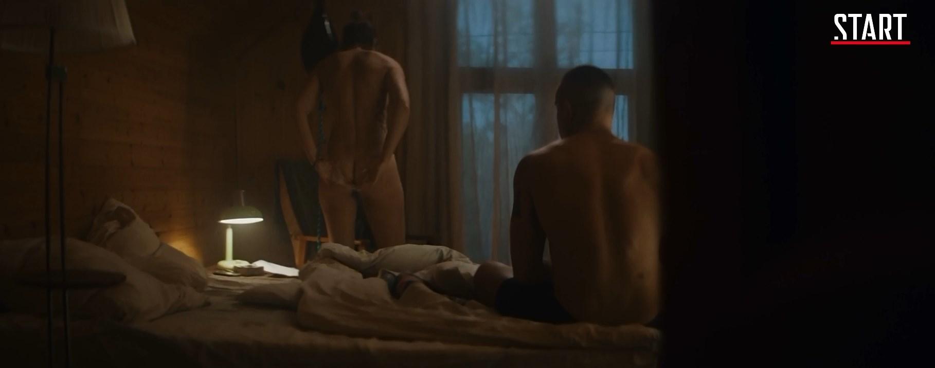 Agata Muceniece nude - V kletke s01e03 (2019)