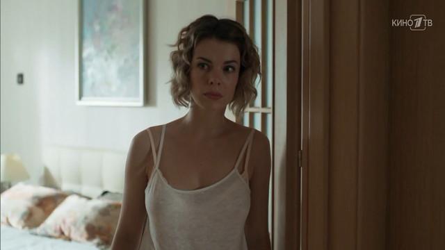 Anna Starshenbaum sexy - Volshebnik s01e07 (2019)