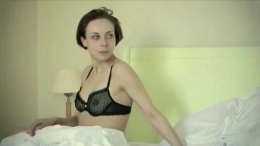 Severija Janusauskaite nude - 2H Dvi valandos (2010)