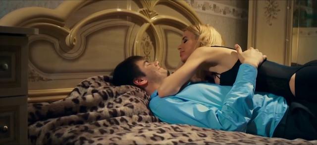 Miroslava Karpovich sexy - Pobeg za mechtoy (2016)