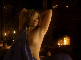 Ekaterina Molodova nude - Oni tancevali odnu zimu (2004)