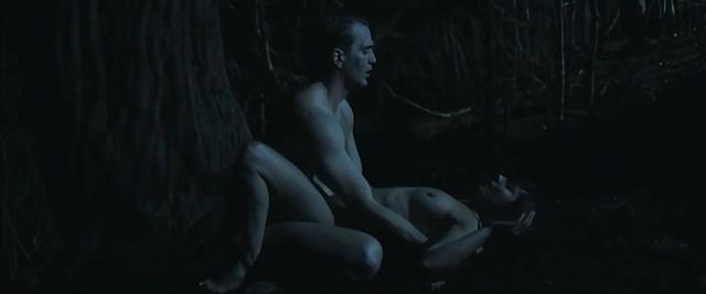 Marian Alvarez nude - Lobos sucios (2015)