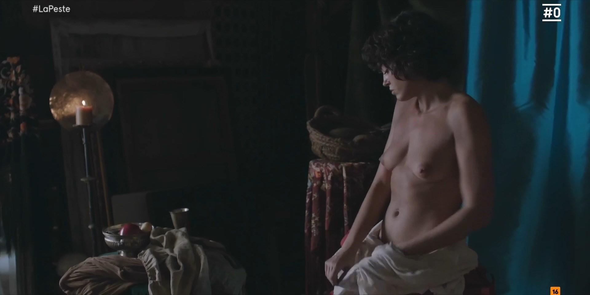 Cecilia Gomez  nackt