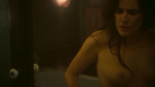 Adriana Ugarte nude - Hache s01e01-08 (2019)