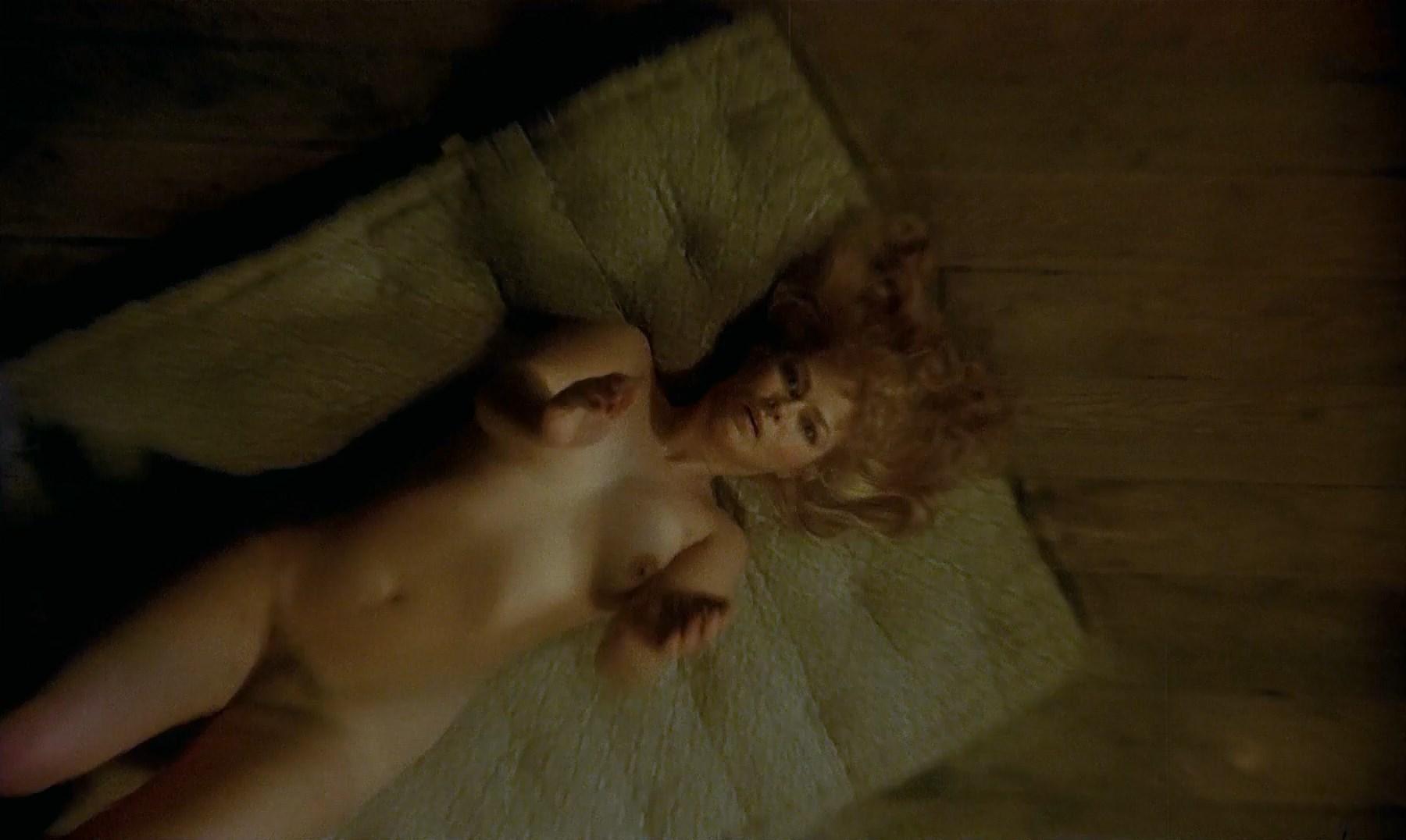 Ing-Marie Carlsson nude - Mitt Liv Som Hund (1985)