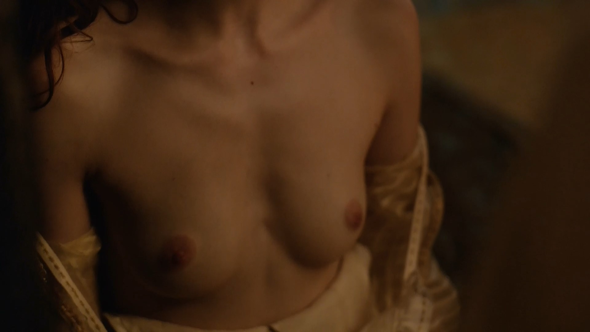 Charlotte Hope nude - The Spanish Princess s01e02 (2019)