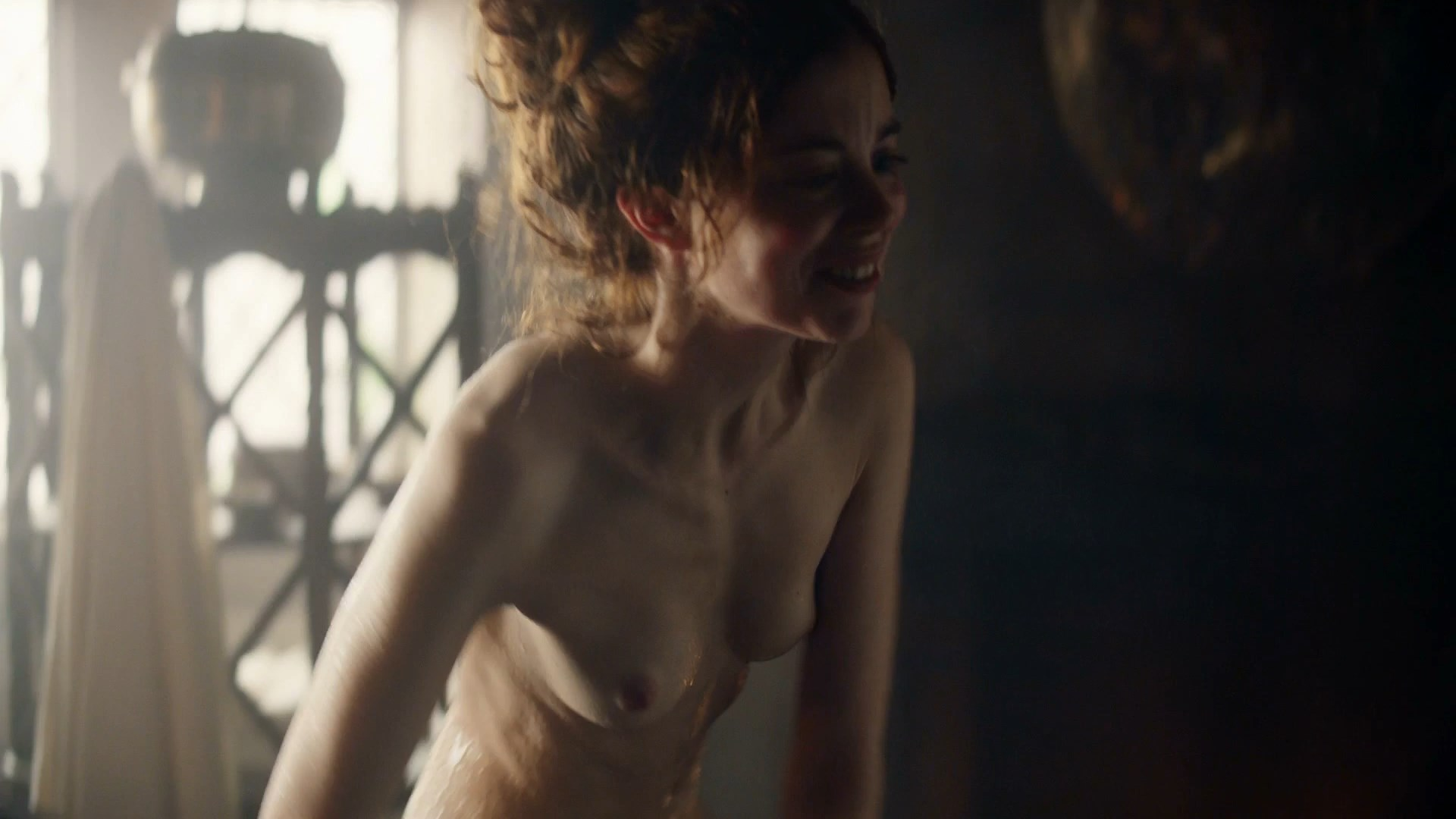 Charlotte Hope nude - The Spanish Princess s01e06 (2019)