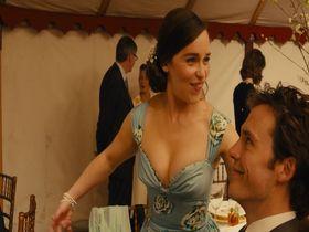 Emilia Clarke sexy - Me Before You (2016)