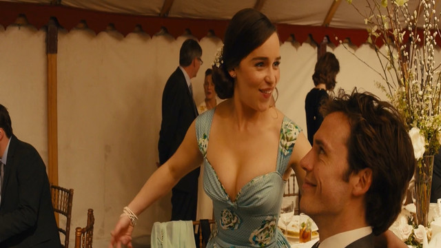 Emilia Clarke sexy - Me Before You (2016)