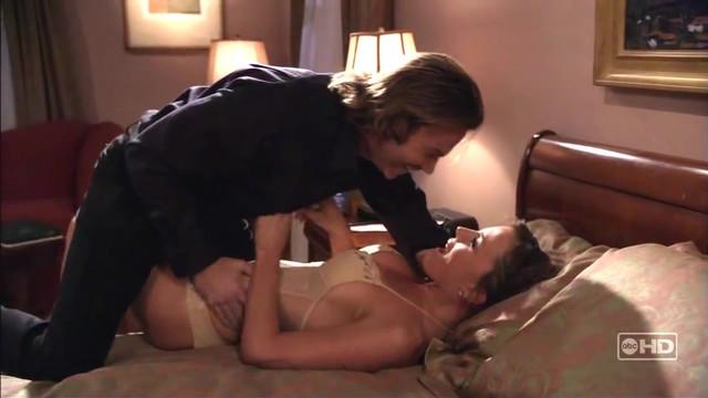 Krista Allen sexy - What About Brian s01e10 (2007)