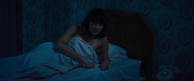 Emma Stone sexy, Andrea Riseborough sexy - Battle of The Sexes (2017)