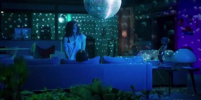 Marion Cotillard sexy - Rock'n Roll (2017)