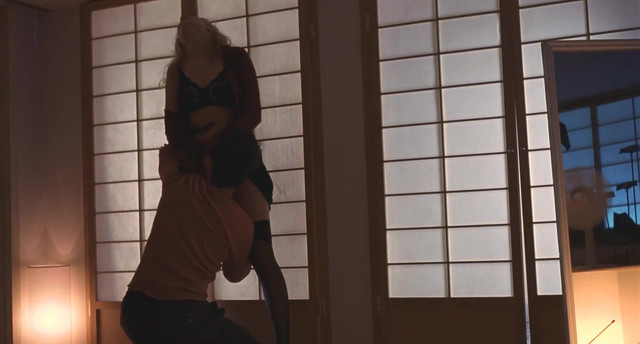 Heather Graham sexy - Two girls and a guy (1998)