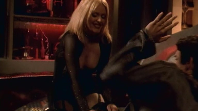 Patsy Kensit sexy - Who's Your Daddy? (2002)