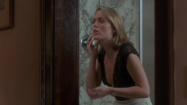 Patsy Kensit sexy - Blame It on the Bellboy (1992)