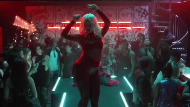 Bebe Rexha sexy - Keys Of Christmas (2016)
