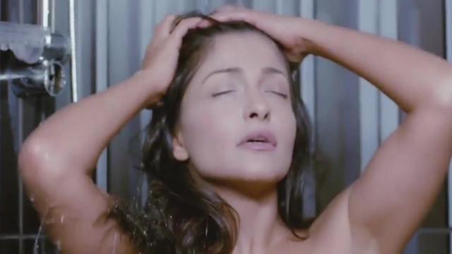 Ola Ghanem sexy - Feelings (2010)