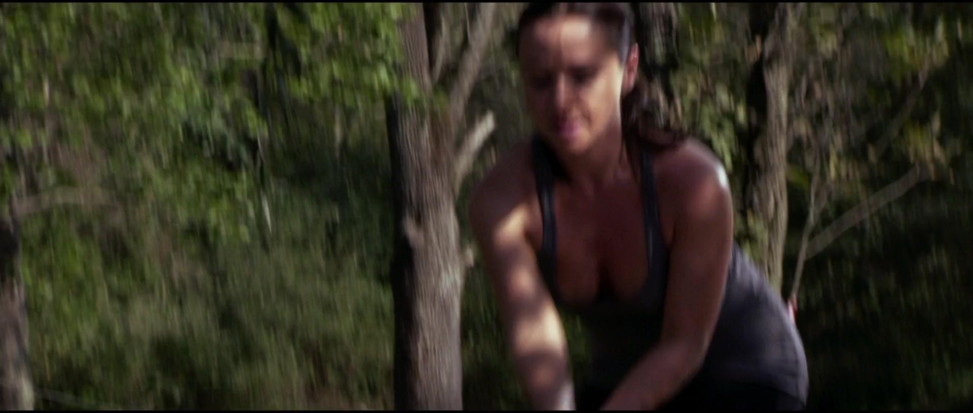 Harris nackt Danielle  Danielle harris