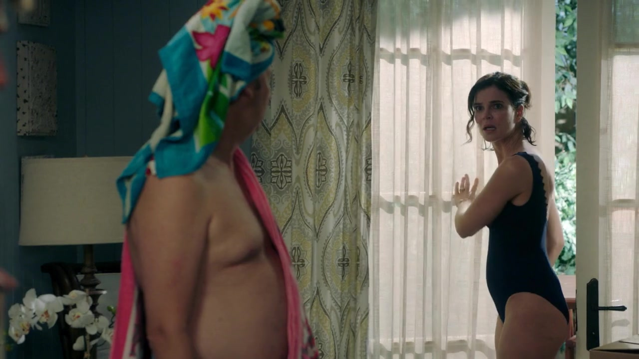 Betsy Brandt sexy - Life in Pieces s03e01 (2016)