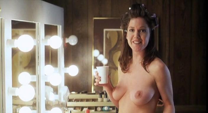 Kira Reed nude - American Virgin (2000)