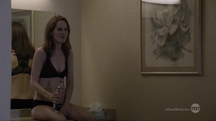 Michelle Dockery sexy - Good Behavior s01e09 (2016)