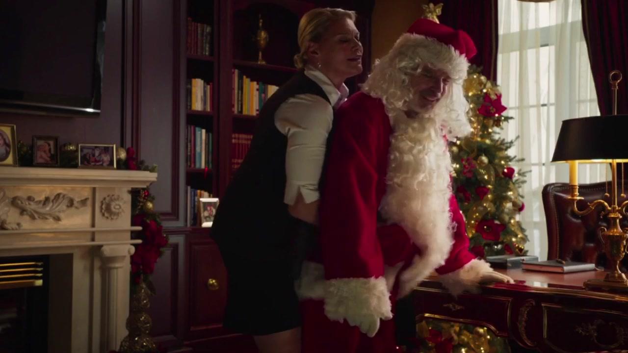 Valerie Wisman sexy - Bad Santa 2 (2016)
